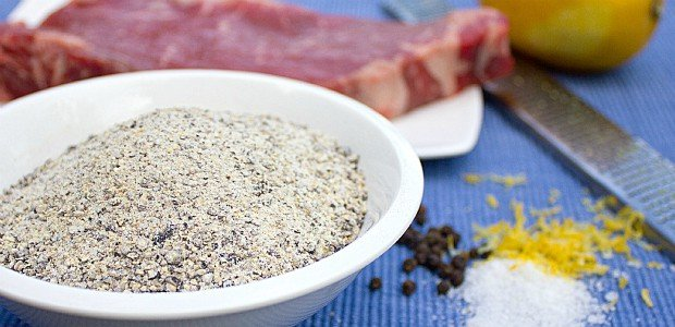 how to make a chcken rub with montreal steak spice
