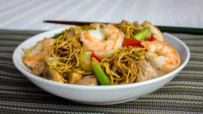 Easy to make classic Chinese stir fried noodles. This chow mein has pork and shrimp along with peppers, celery, green onions and more.