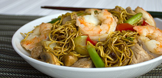 Shrimp and Pork Chow Mein