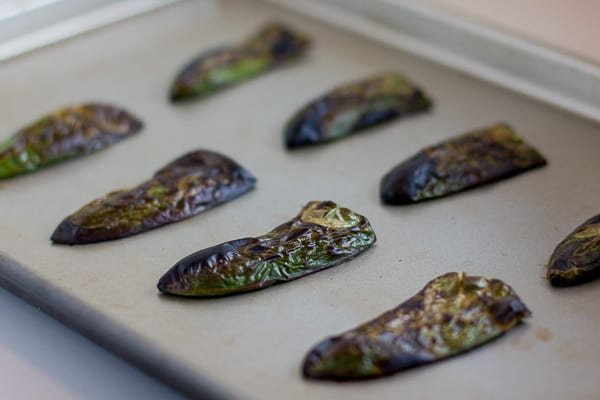 How to roast a jalapeño pepper in the oven