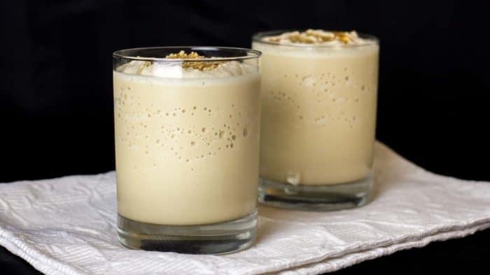 How to make a dulce de leche caramel frappe