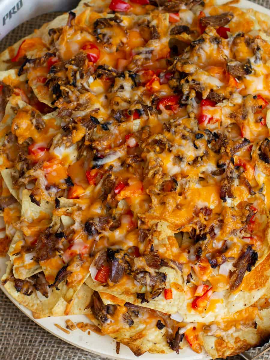 Overhead picture of baked nacho appetizer.