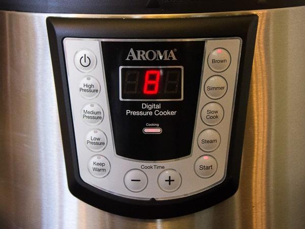 Aroma Pressure Cooker-7