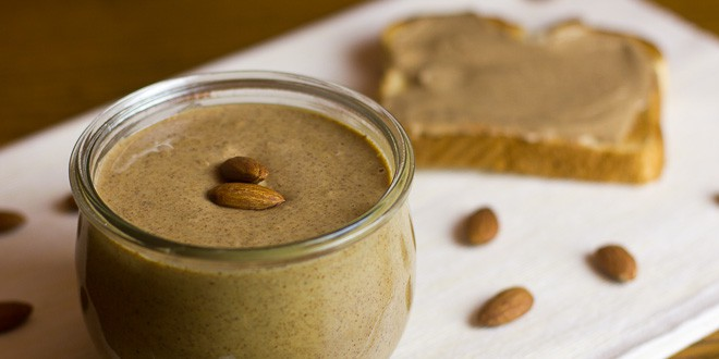 Homemade Almond Butter Recipe with How to Make Instructions