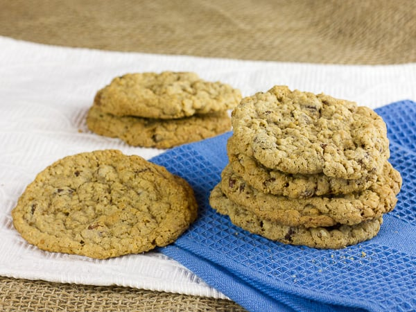 Oatmeal Chocolate Chip and Pecan Cookies-2