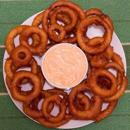 onion-rings-and-cajun-dip