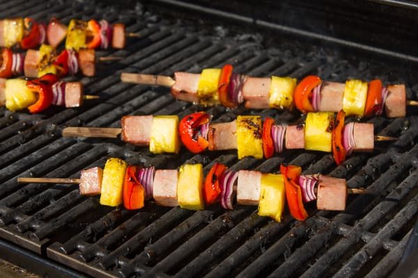 Grilled Ham and Pineapple Tropical Skewers-2