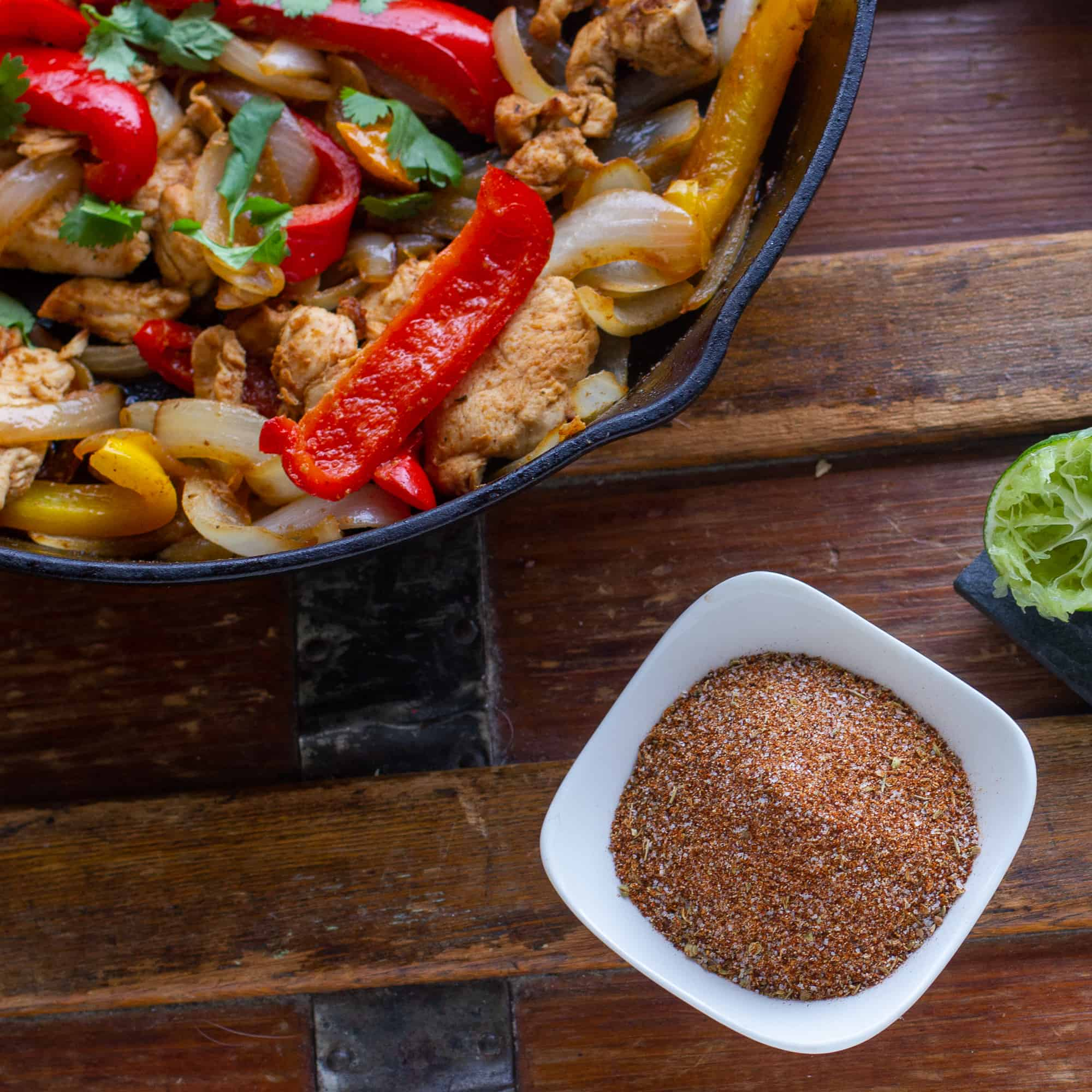 Simple spice mix for Mexican fajitas and tacos