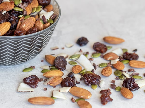 Healthy trail mix with hearty combination almonds, dried cherries, pepitas, coconut strips and cacao nibs. This mix has no sugar but there is a chocolate flavour from the nibs.