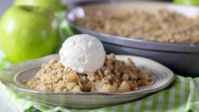 Delicious Apple Crumble Recipe made with Granny Smith Apples and Splenda Stevia