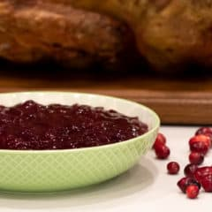 Easy recipe and instructions for how to make homemade cranberry sauce with fresh cranberries. Perfect condiment for thanksgiving or christmas turkey dinner!