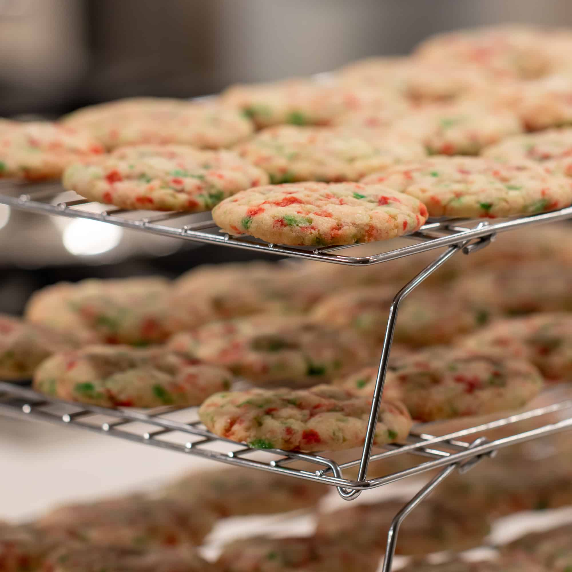 Delicious chewy cookies with the minty flavour of candy canes. Perfect cookie for the Christmas holiday season!