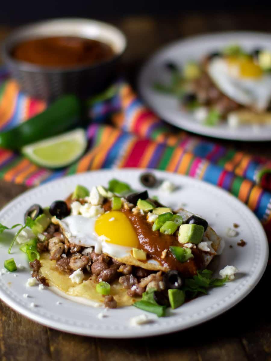 An overhead image of Mexican huevos rancheros.