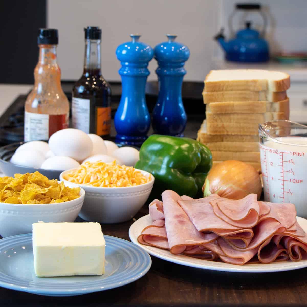 All of the ingredients on a cutting board.